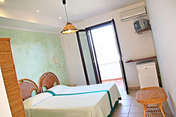 Camera confortevole a 350 m dalla spiaggia SALENTO - Torre Dell'orso