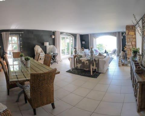 The Barn -  near Edinburgh 1bedroomA/guest lounge