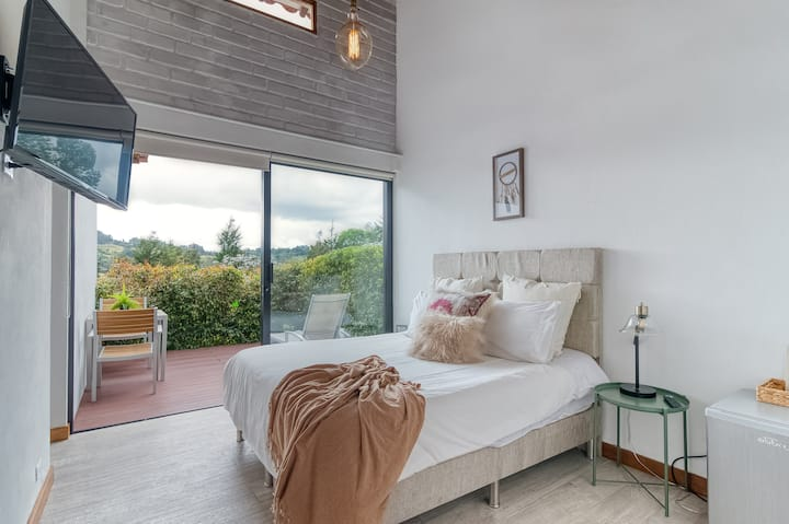 TEVA HOUSE 4 - Private Deck Room