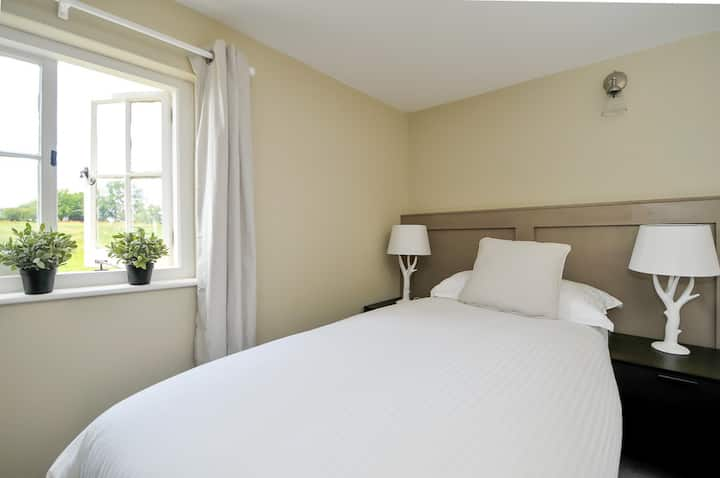 Family Room with Two Bedrooms off Private Hallway, can be arranged as 1 x Twin (1 x King) & 1 x King at The Windmill Inn - Littleworth. HORSHAM