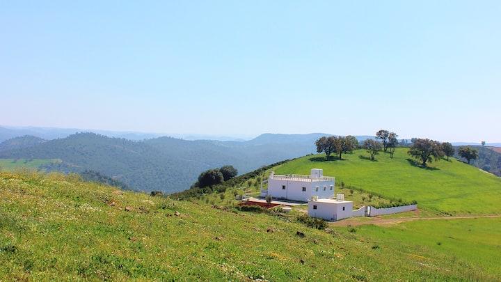 La petite maison sur la colline
