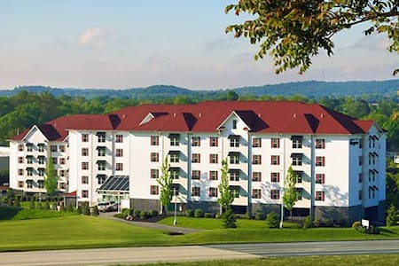 Luxury Vaction Villas at the Suites at Hershey - Hershey