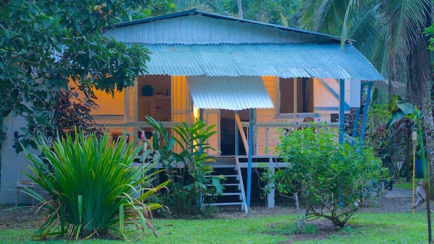 Charming Caribbean Beach House - Puerto Viejo - House