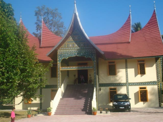 Rumah Gadang Batipuah - West Sumatra - House