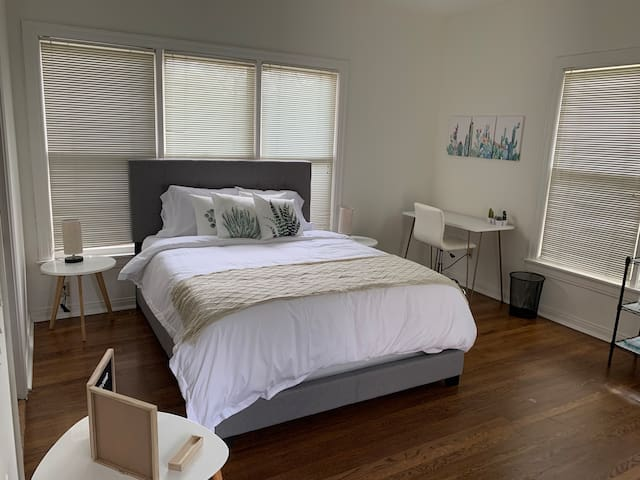 Guest Suite in Lower Greenville/Lakewood!