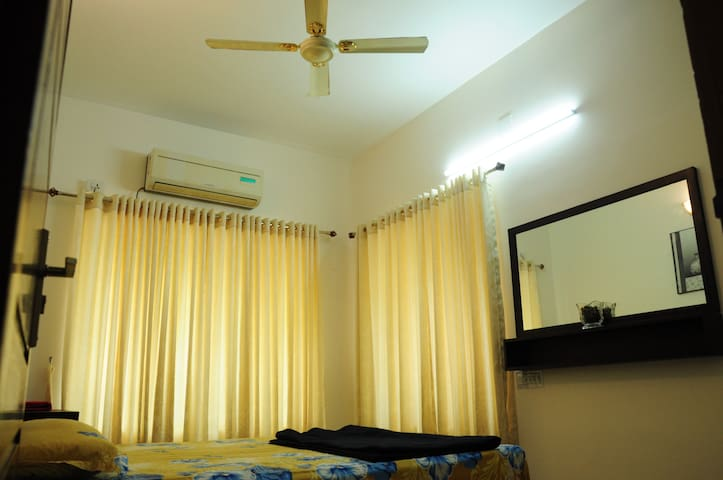 Paradise Homestay - Ernakulam - Rumah