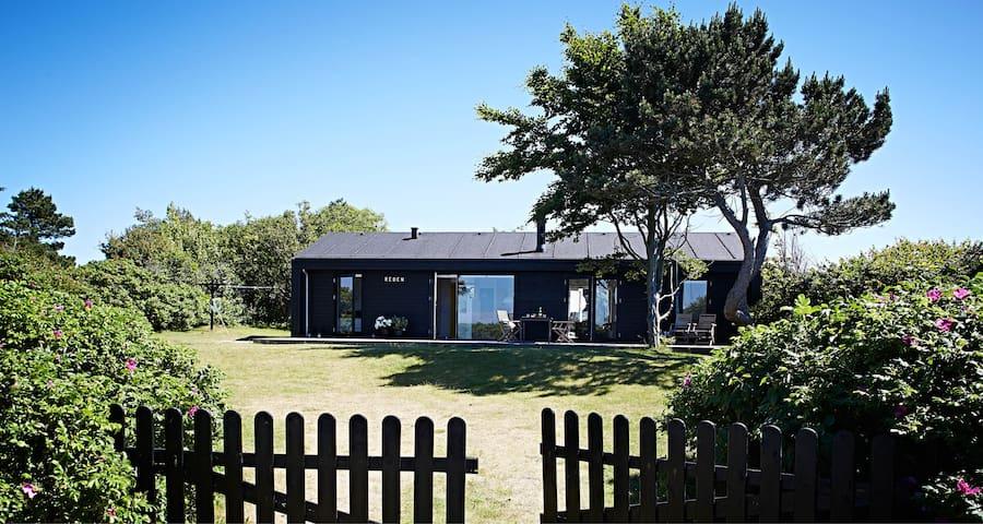 Arkitekttegnet sommerhus med havudsigt - Hørve - Hytte