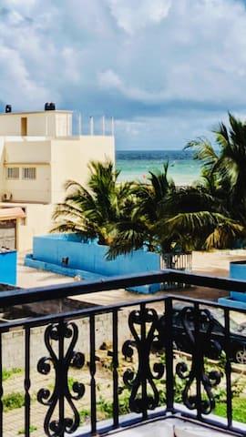 Jolie appartement avec vue superbe sur la mer!