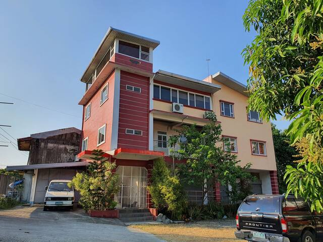 private room near resorts - amungan, iba, zambales