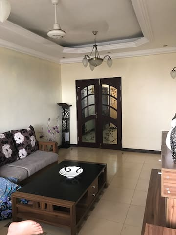 Upanga serviced Flats (3 bedroom- 6 people)