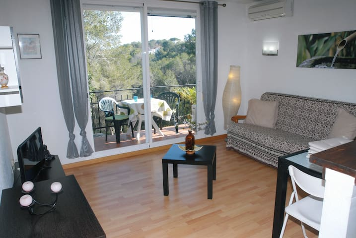 Sea, mountain and swimming pool ! - Els Cards (Sitges) - Apartamento