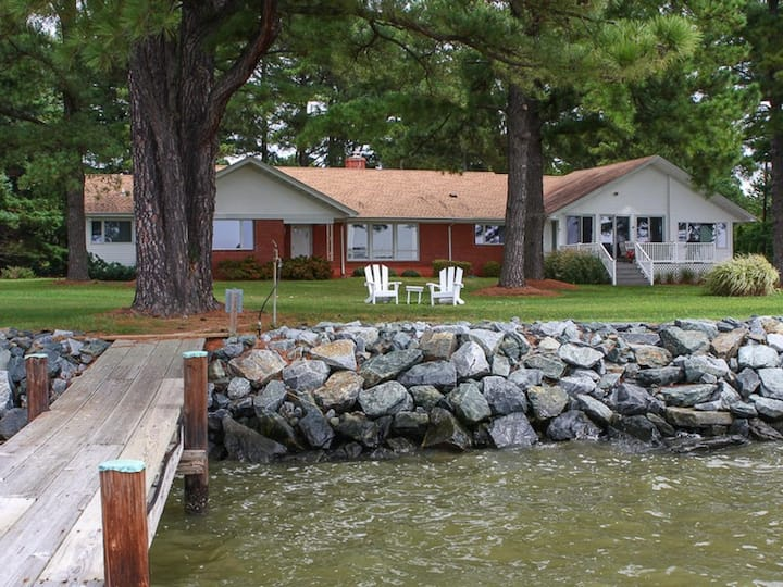Chesapeake Pines - Hot Tub Under the Stars & Gorgeous Sunsets, Pet-Friendly!