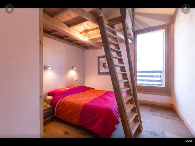 2 Bed&Breakfast chalet neuf face au Mont Blanc - Sallanches - Bed & Breakfast