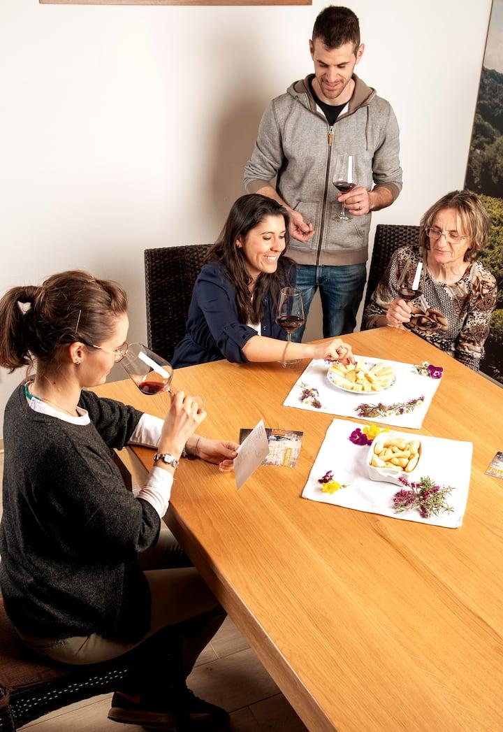 Alcuni ospiti durante la degustazione