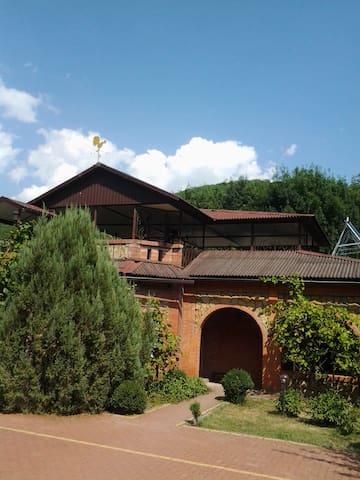 Дом, Лесничество в Абрау-Дюрсо