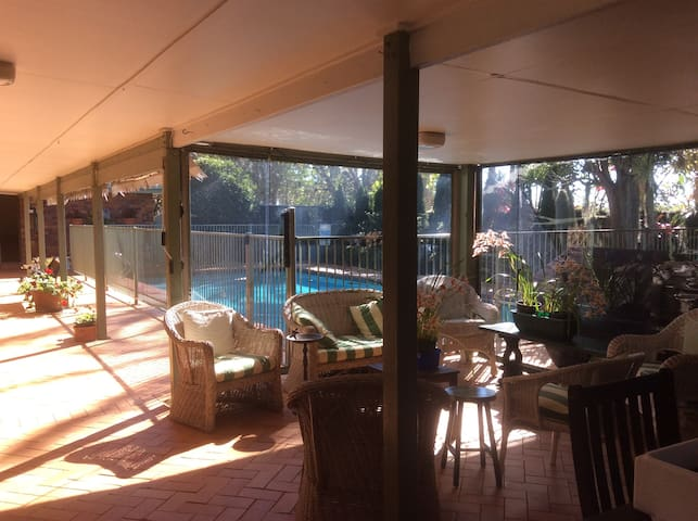 Apartment on Charming 5 Acre Boutique Farm & Pool - Tamborine Mountain - Pis