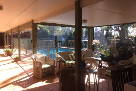 Apartment on Charming 5 Acre Boutique Farm & Pool - Tamborine Mountain