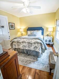 The Munson House:  A Luxury VT B&B: Weston Room