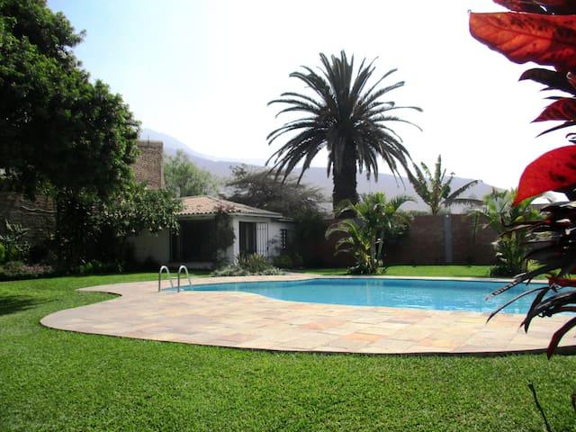 Chaclacayo Gardens & Suites