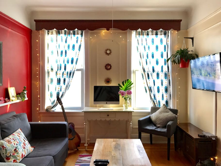 Cozy room in sunny home flats for rent in astoria new for Aki kitchen cabinets astoria ny