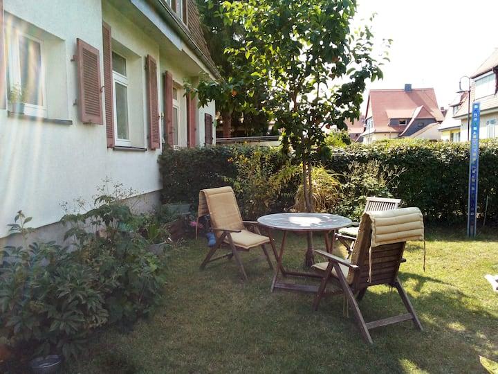 Zimmer im Haus mit Garten Frankfurt/Main