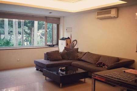 Basic room near MRT, NTU/Shida - Da'an District