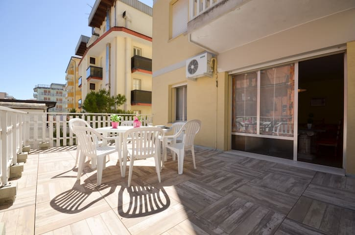 apartment for 6+1 persons in Bibione R81628