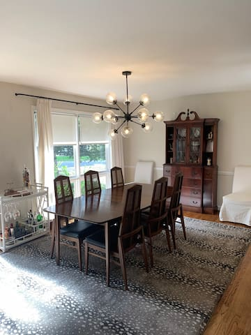 Mid-century Modern SouthPark Ranch ~ Pet Friendly!