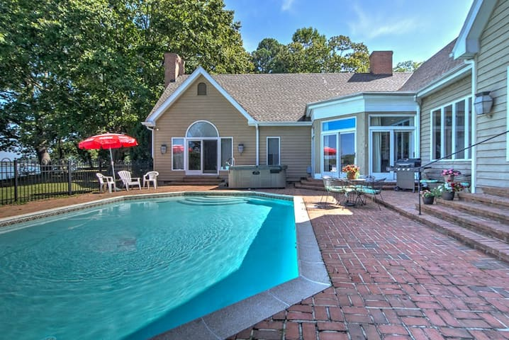 Cedar Cove on the Miles - River Access with Pool, Dock & Hot Tub!