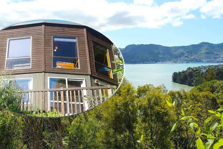 Sunny Bayview Studio - Church Bay Canterbury NZ