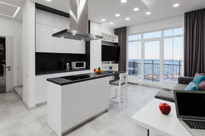 Studio apartment! Pearl by the sea!