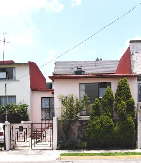 Maison à Cumbres de San Mateo