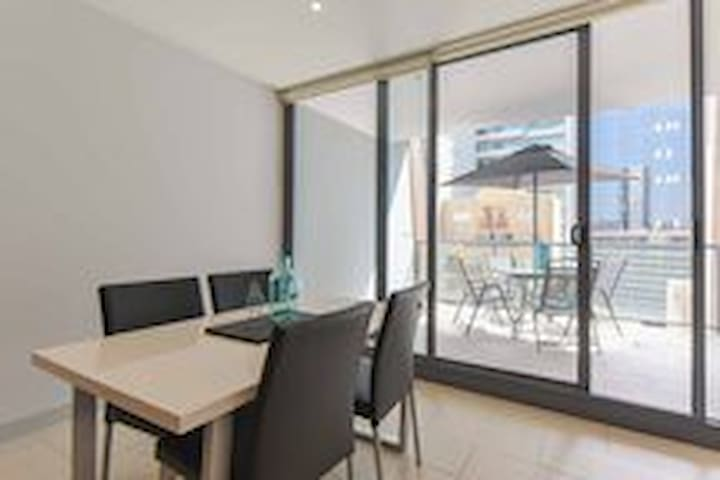 Northbank One bedroom Apartment with Balcony
