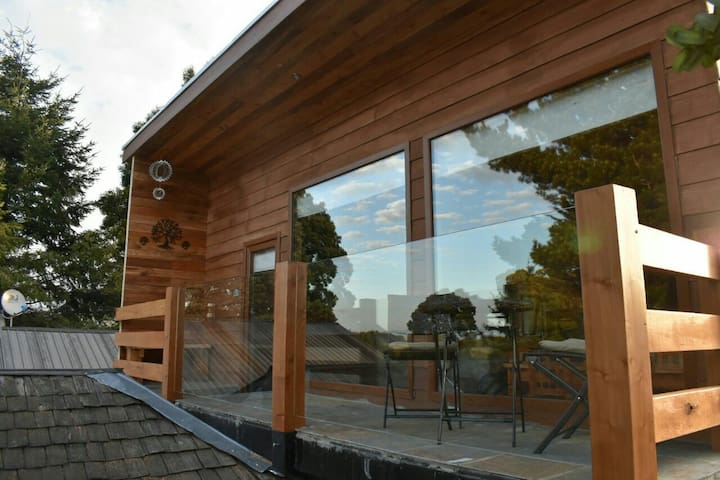 Warm Loft with great view and balcony - Puerto Varas