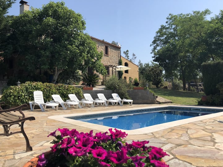 Costabravapartment Can Marc with private pool and tennis court