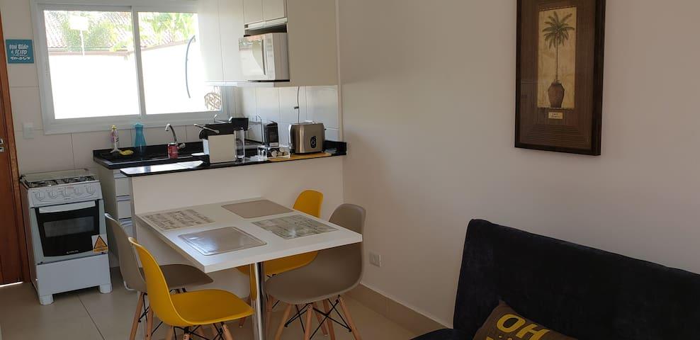 Casa nova em condomínio fechado em Boraceia.