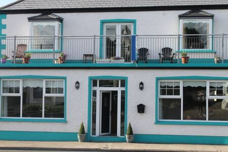 Zephyr Lodge, boutique B & B by the Sea. - Bundoran