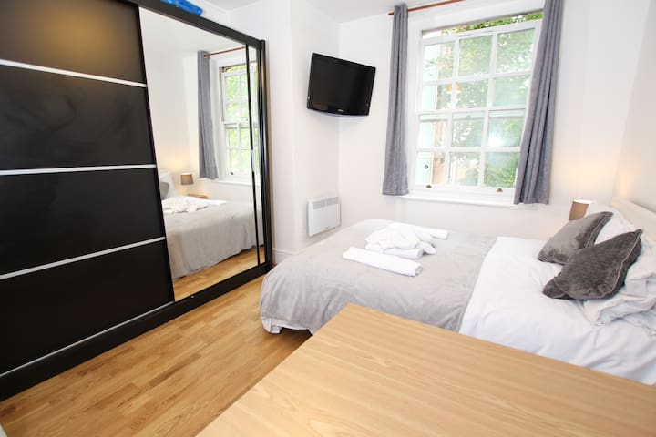 ZONE 1) Regents Park Cosy Room New Apartment