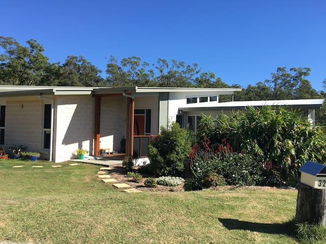 Quiet 3 Bedroom self-contained, bushland setting - Bunya