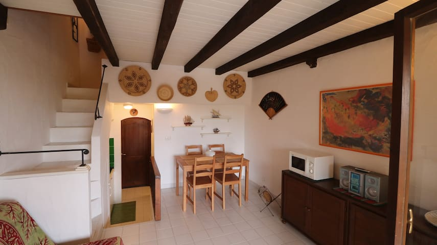 Palau, apartment 20 metres away from the beach - Palau - Apartment