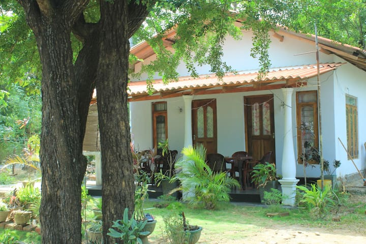Sigiri Shamila Home Stay