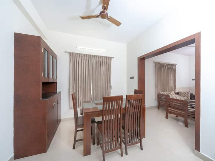 Athithi Inn Executive Twin Bedroom AC