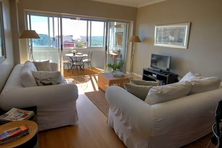 Walk to the V&A Waterfront. Two Bedroom Apartment - 公寓