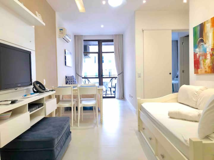 Apart-hotel in Ipanema with service and garage