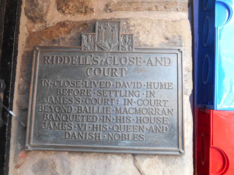 The entrance to the historic Riddle's Court.