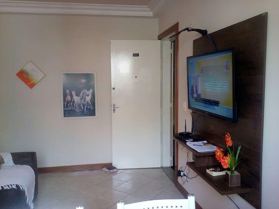 Sala com SMART TV 39