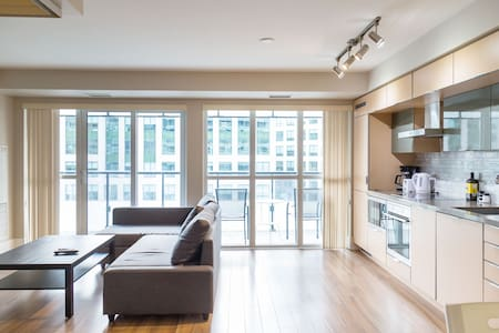 Newly Furnished Condo w/Balcony across CN Tower