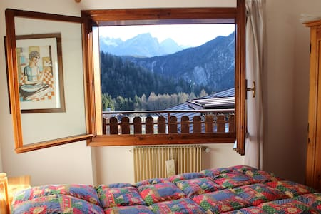 flat in the heart of the Dolomites - Leilighet