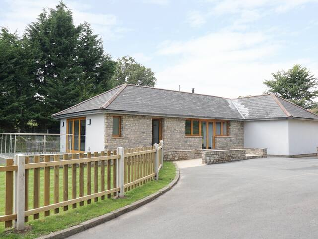 CAE DEINI, country holiday cottage in Raglan, Ref 991836