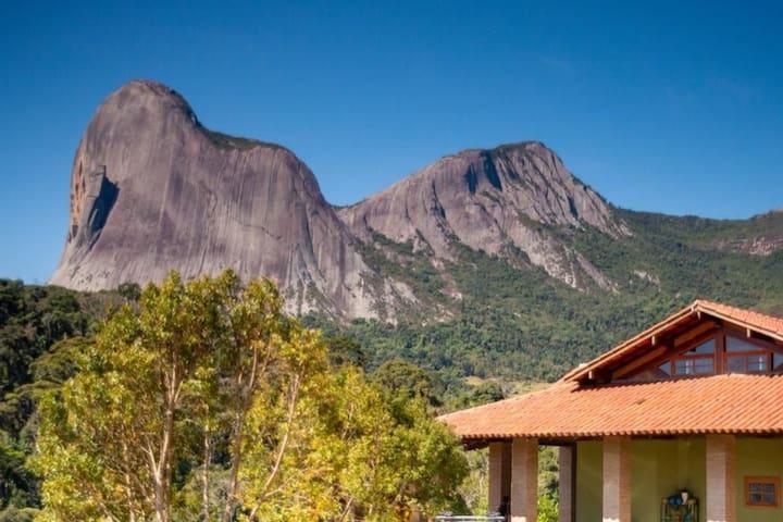 Casa Verde com vista Pedra Azul, Rota do Lagarto